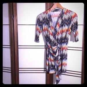 Halo Patterned Wrap Tunic